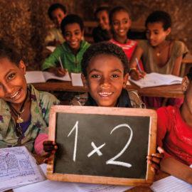 ActionAid e le case editrici del Gruppo Mondadori insieme per garantire il diritto all'istruzione