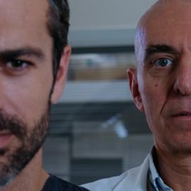 """La storia di Pierdante Piccioni: dai libri alla fiction """"Doc – Nelle tue mani"""" con Luca Argentero"""